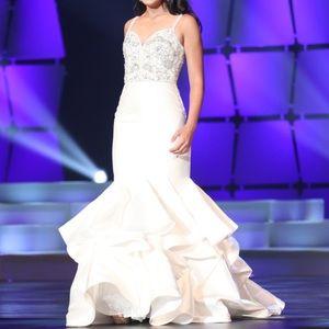 White Jovani Prom/Pageant Dress